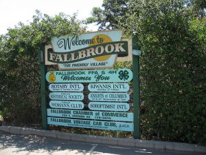 Welcome message in entrance to Fallbrook in California