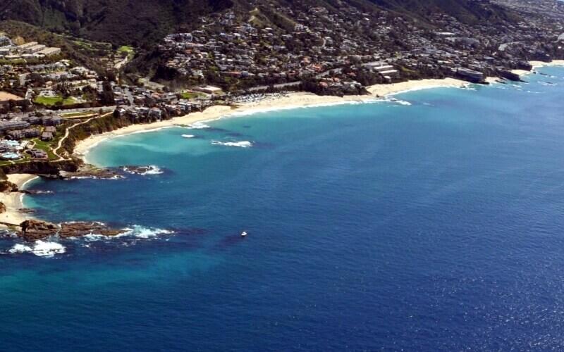 Beautiful blue sea in North Laguna Beach in California
