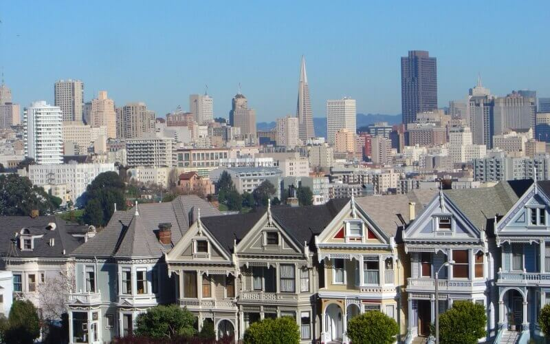 Move to San Francisco in the by calling student movers