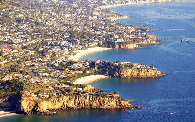 Long shot image of the North Laguna Beach
